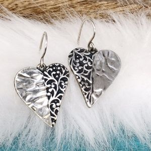 Israel Didae Heart Shaped Etched 925 Earrings